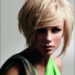 Short-Choppy-Hairstyles-with-Bangs-Hair-for-Women-2